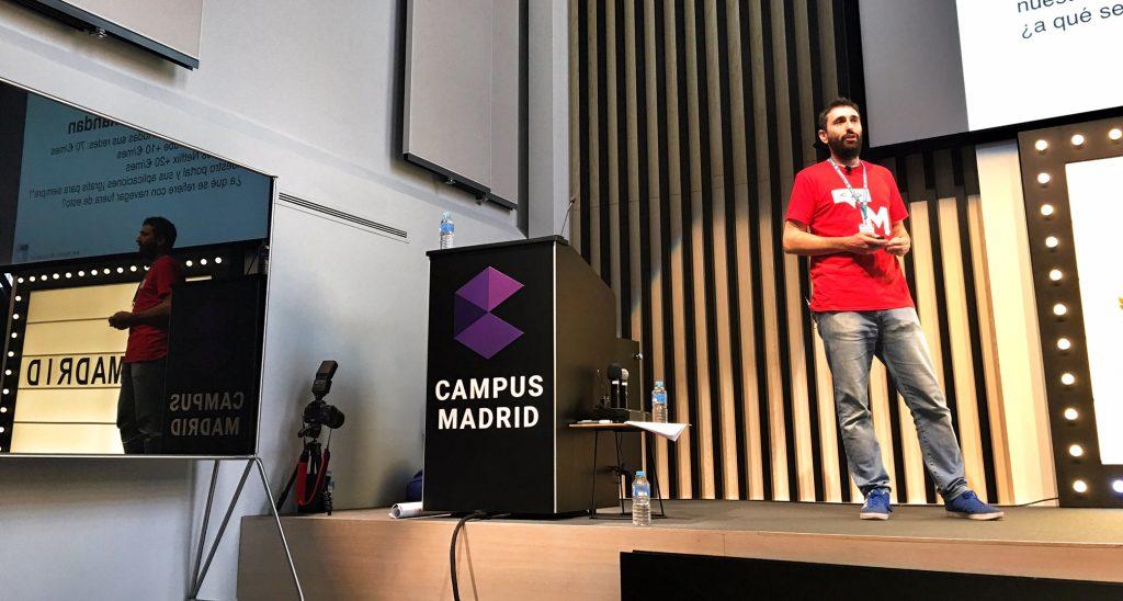 Charla en WordCamp Madrid – Foto de Isabelle García