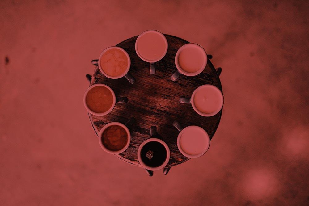 Mesa con café